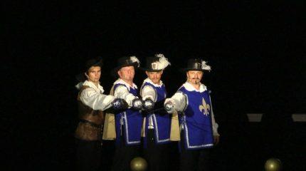 Seebühne Seeham | Die drei Musketiere. Schau mit.