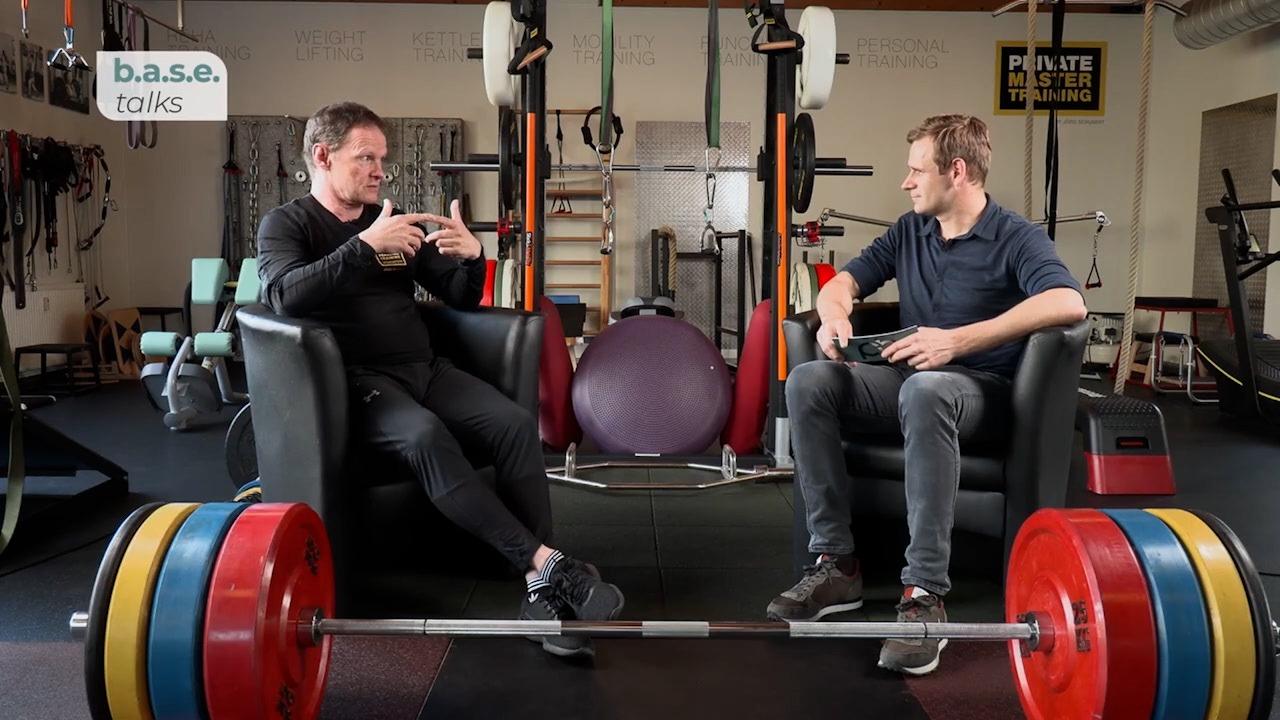 BASE Talks Jörg Schubert Mit Krafttraining Die Lebensqualität Steigern.mov.01 04 58 00.Standbild001