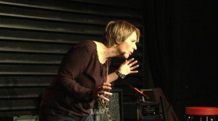 Comedy im Pub: Teil 5 von 6 jeweils um 9:00 und 19:00 Uhr auf FS1