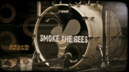 "Studio Session mit ""Smoke the Bees"" auf FS1. Rock mit."