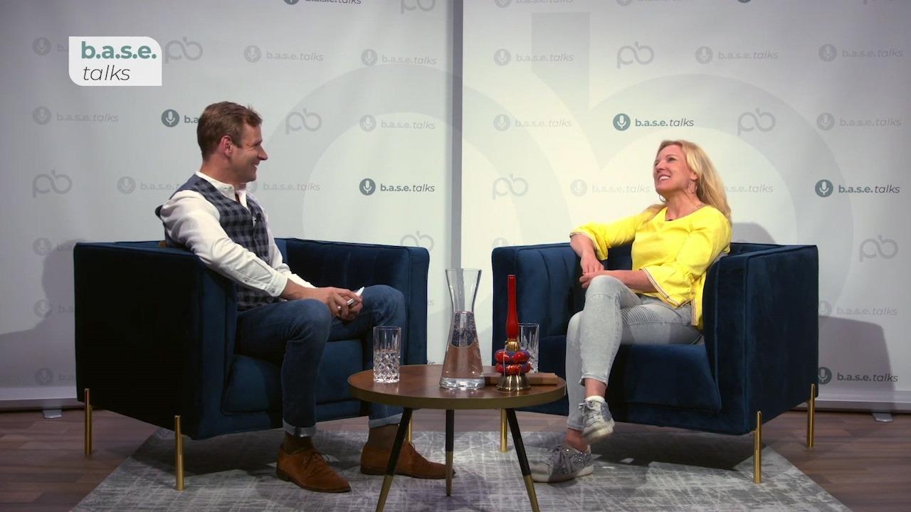 base_Talk_25-Interview-mit-Conny-Hörl-ZEN-Leadership-und-Female-Investor_1080p.jpg
