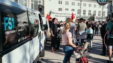 Antifaschistisches Tribunal am Bahnhofsvorplatz